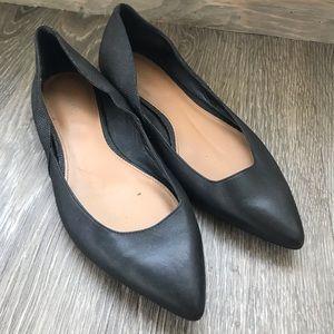 CALVIN KLEIN black pointed toe flats